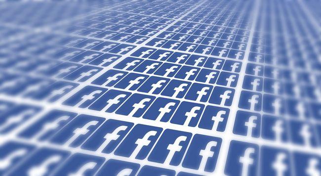 Ez lehet az eddigi legnagyobb Facebook botrány: mások is olvashatták a privát üzeneteinket
