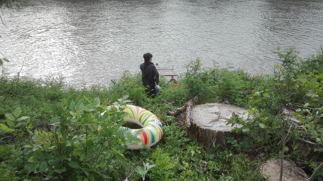 Akció a magyar határon: úszógumikkal érkezett egy csoport migráns, ketten eltűntek