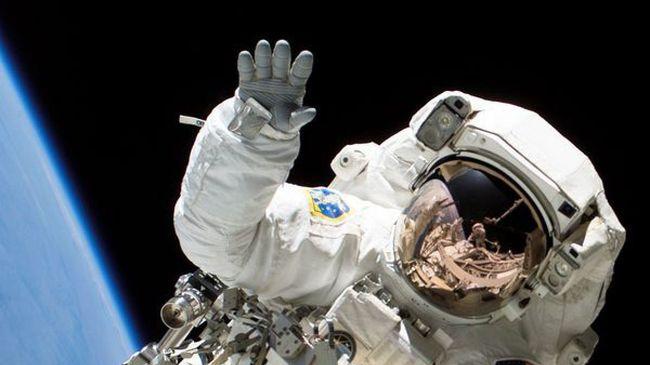 Szárnyaljon a NASA űrhajósok és a TOP GUN pilóták lézeres szemkezelésével!