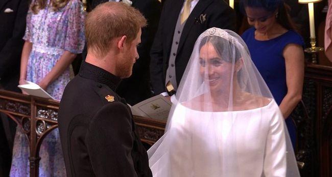 Itt vannak az első képek: így nézett ki Meghan Markle és Harry herceg esküvője