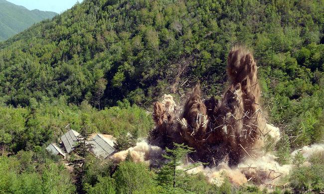 Helyszíni videókat tett közzé Észak-Korea a csütörtöki robbantásokról