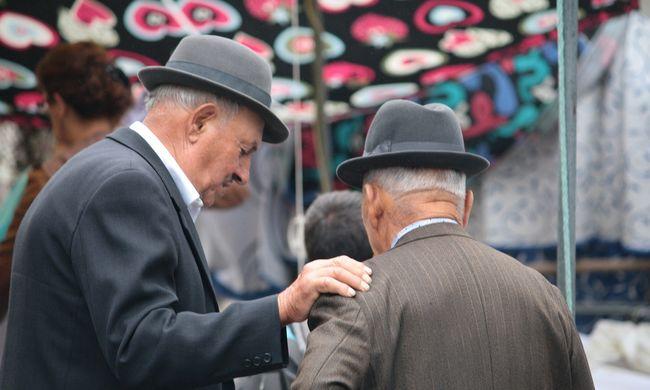 Súlyos előrejelzés: egyre biztosabb, hogy 70 év fölé emelkedik a nyugdíjkorhatár
