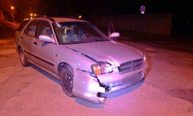 Részeg sofőr balesetezett Győrben, kivonult a rendőrség - fotó