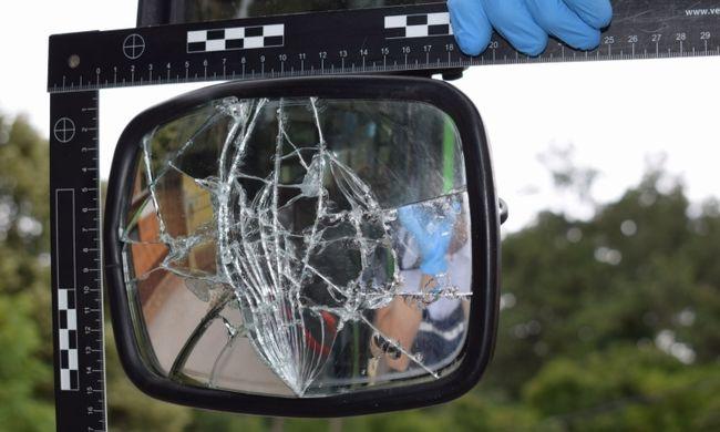 Elfajult a vita a pécsi buszon, az utast végül rendőrök vitték el a helyszínről