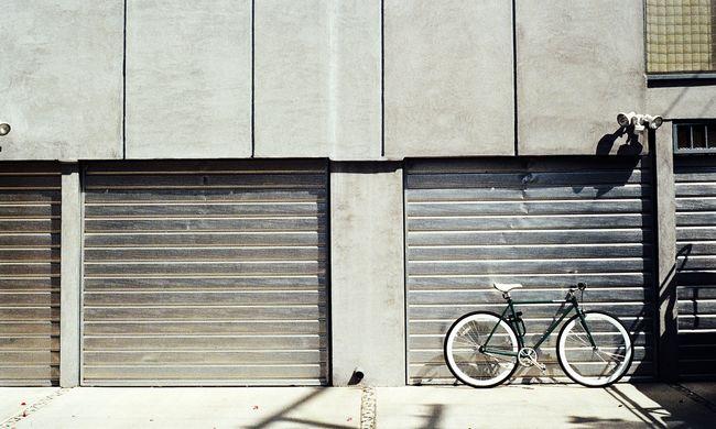 Rohamtempóban drágulnak a garázsok: már annyiba kerülnek, mint egy kisebb lakás