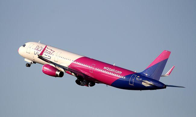 Botrány a Budapestről induló gépen, ezért nem szállhatott fel időben a Wizz Air járata