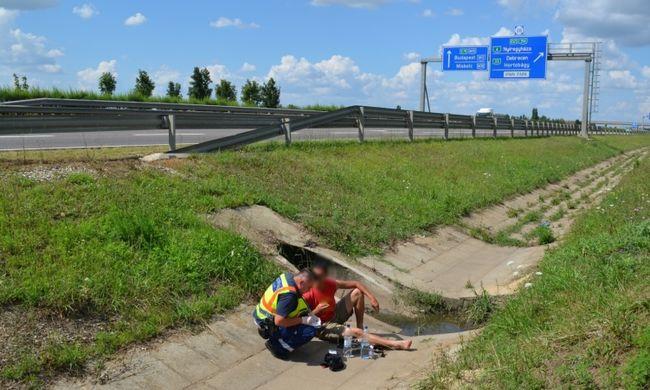 Dráma az autópályán, gyalog indult Budapestre a zavart férfi