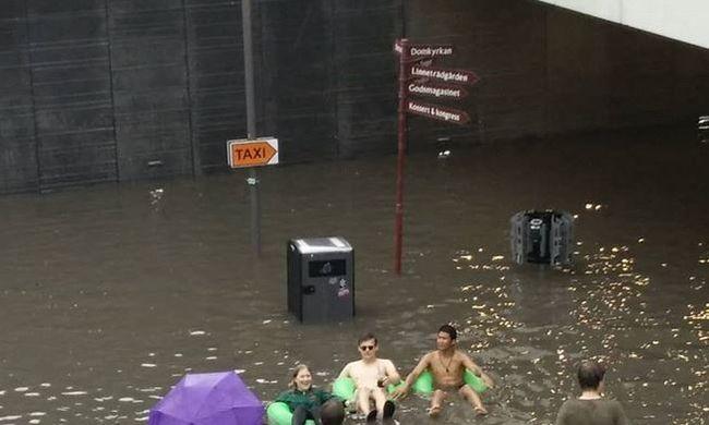 Stranddá változott a pályaudvar, így fürdőztek a helyiek
