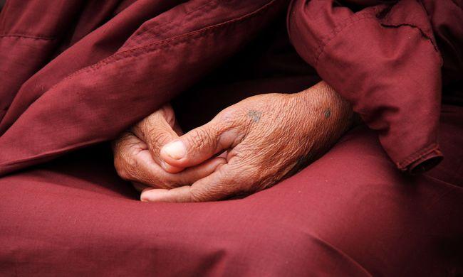 Súlyos vádak: apácákat kényszerített szexre a szerzetes, többen bedőltek neki