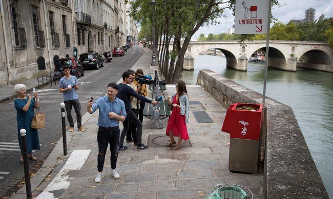Itt az ötletes megoldás az utcán vizelés ellen, a lakók mégis tiltakoznak