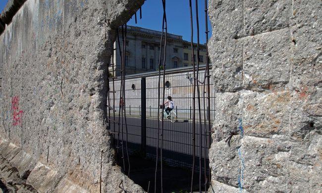 Újra falat emelnek Berlinben - ez az oka
