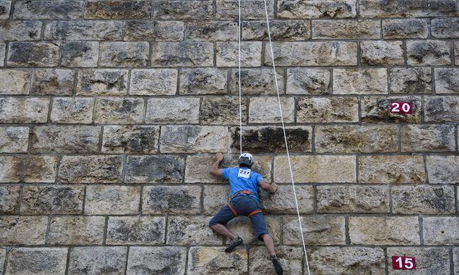 Ilyen volt az idei egri várfalmászó verseny-Fotók