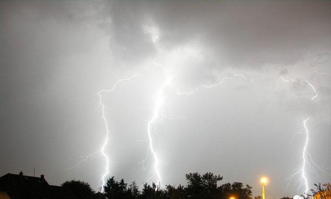 Látványos égi jelenséggel csapott le a vihar az országra - fotók