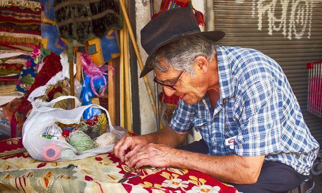 Egyre többen vonulnak korábban nyugdíjba ebben az országban - itt vannak az okok
