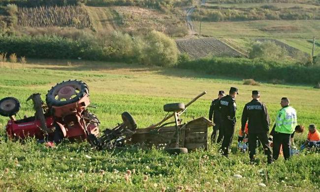 Egy nap alatt két embert nyomott agyon a traktorja