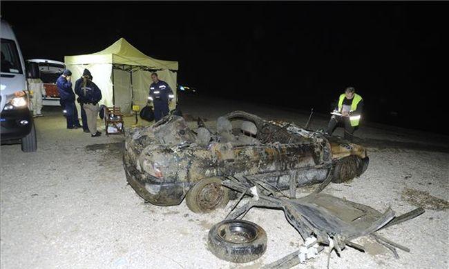 Még reménykedik az anyuka, hogy nem fia holttestére bukkantak a Dunában talált kocsiban