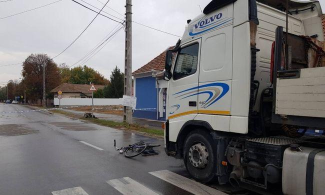 Halálos biciklis balesetről kaptunk hírt, kamion gázolta el a magyar kerékpárost