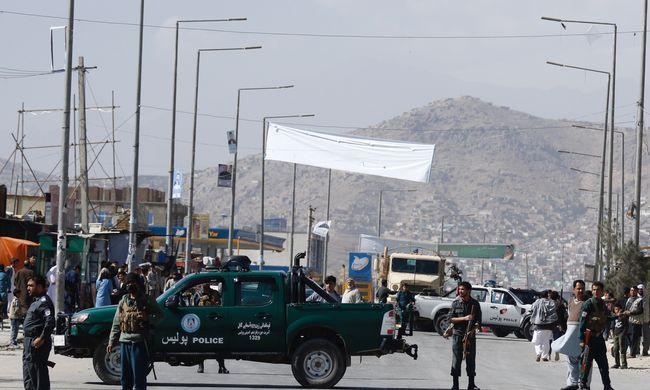 Egymást érik Kabulban a robbantások, rakéta támadások, öngyilkos merényletek, rengeteg a halott