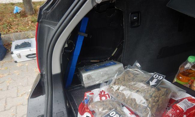 Lecsapott a rendőrség Székesfehérváron, 15 millió forintot ért a drogfogás