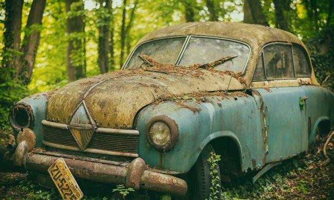 Kinek kell egy 6 éves e-autó?