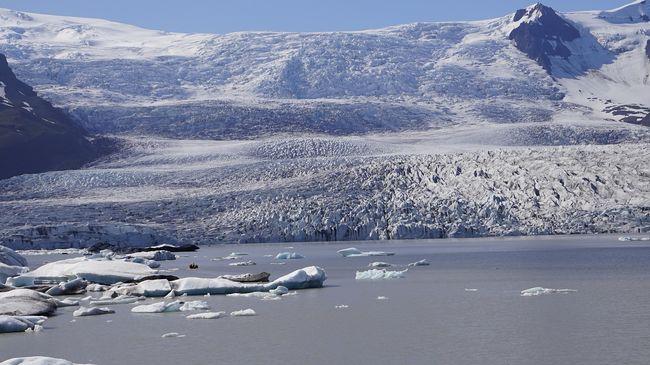 Ősi rejtélyeket oldhat meg, városnyi krátert találtak az örök jég alatt