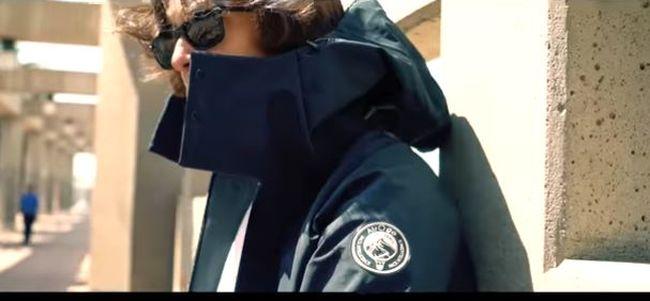 Megalkották a legpraktikusabb kabátot, ez utazáskor különösen jól jöhet - videó
