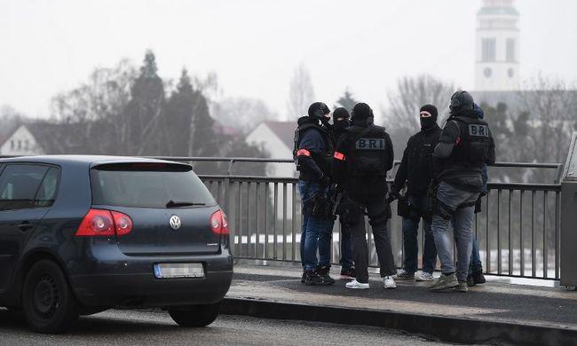 Strasbourgi lövöldözés: megrázó videó készült a sírva menekülő emberekről