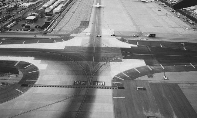 Hajtóműhiba a levegőben, kényszerleszállást hajtott végre egy Boeing 737 MAX