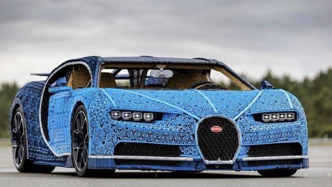 LEGO Bugatti Chiron és Nürburgring-első Lamborghini Párizsban