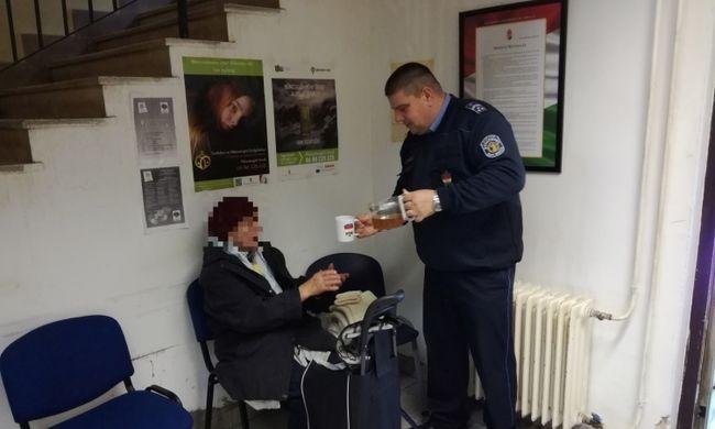 Bevitték a rendőrörsre az idős Pest megyei asszonyt, nem tudott egyedül hazamenni