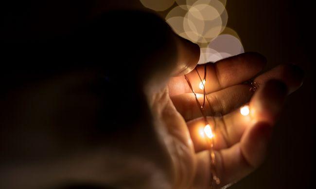 Magányos karácsony: Ön is segíthet az egyedül ünneplőkön