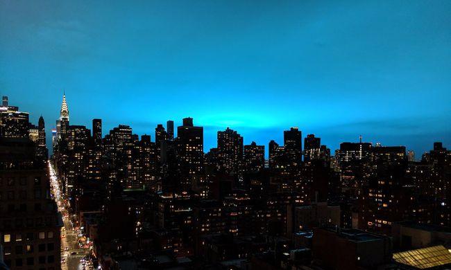 Robbanás rázta meg New Yorkot, ilyet még az ott élők sem láttak soha