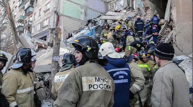Tragikus házomlás: nőtt az áldozatok száma, hat gyermek vesztette életét