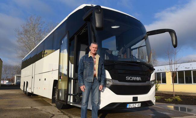 60 év felett lesz buszvezető Kovács Pál - I. rész