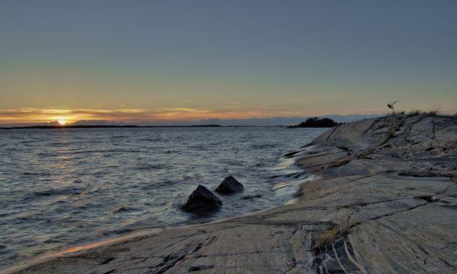 Védművet építenek a tengerpartra, több mint fél méterrel nőhet a vízszint a svédeknél