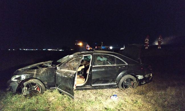Rettenetes tragédia történt Szigetszentmiklósnál, nem tudták megmenteni a sofőrt - fotó
