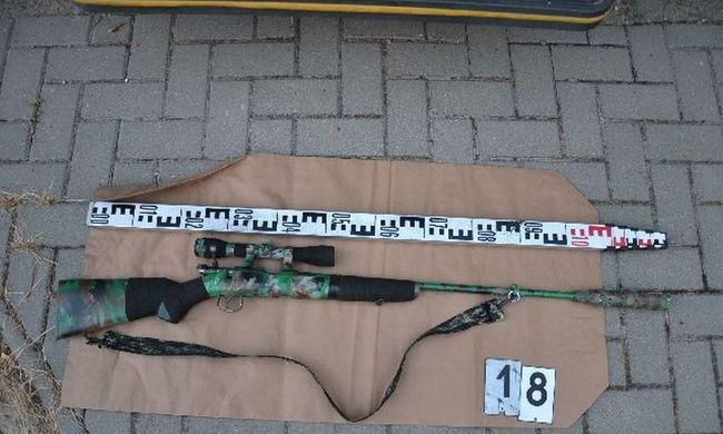 Életveszélyesen megsérült egy ember, puskával lövöldöztek Dunakömlődön