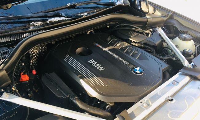 BMW X4 M40i xDrive teszt: mit tud a csúcs benzines?