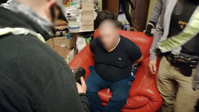 Rendőrök rohantak le egy lakást Budapesten, elképesztő mennyiségű kábítószerre bukkantak