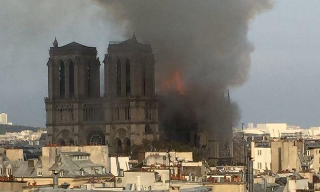 Csodával határos, előkerült Notre-Dame huszártornyának ereklyetartója