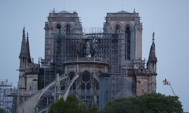 Négy hónap kell a Notre-Dame stabilizálásához