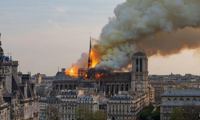 Notre-Dame-i lángtenger: a lift miatt égett le a székesegyház